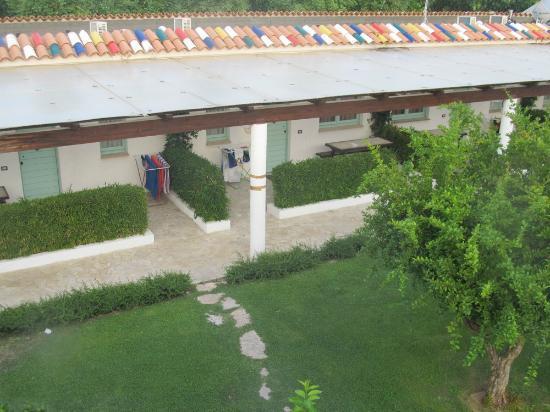 Villaggio Turistico Le Mimose: I Portici dall'alto