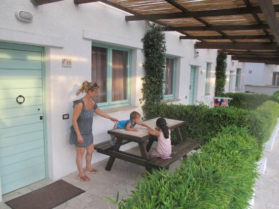 Villaggio Turistico Le Mimose: Esterno dei Portici