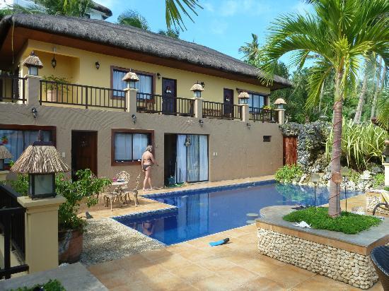 Palm Breeze Villa Boracay Hotel: autre vue exterieure