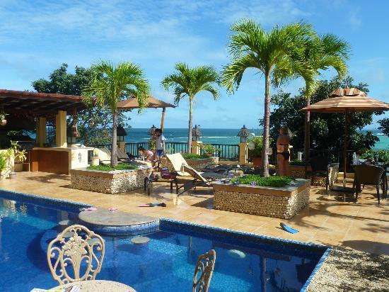 Palm Breeze Villa Boracay Hotel: terrasse