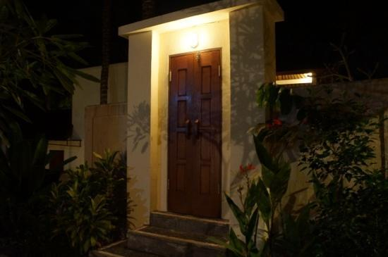 Sri Phala Resort & Villa: entrance to our villa