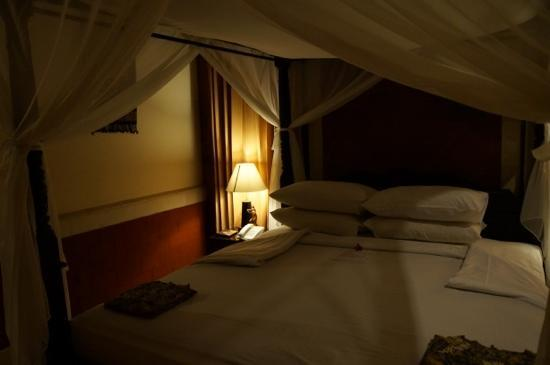 Sri Phala Resort & Villa: the bedroom