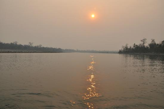 Nameri Eco Camp: Sunrise over the river Bhorali