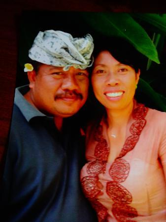 Bali Moon: Made and his wife Wayan