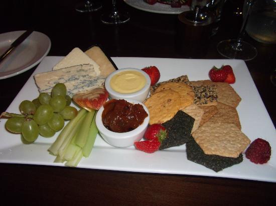 Becket's Restaurant & Grill: Amazing cheeseboard