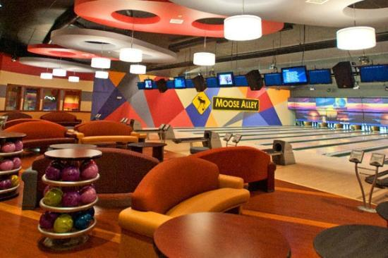 Moose Alley  - Bowling Lanes