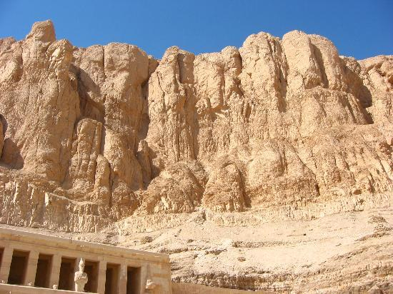 Temple of Hatshepsut at Deir el Bahari: 3