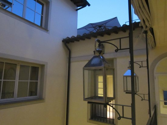 JK Place Firenze: Our favorite place to stay in Italy 