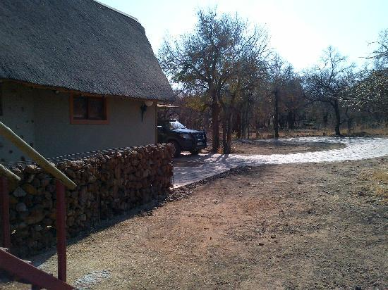 Pilanesberg Private Lodge: Game drive boarding point
