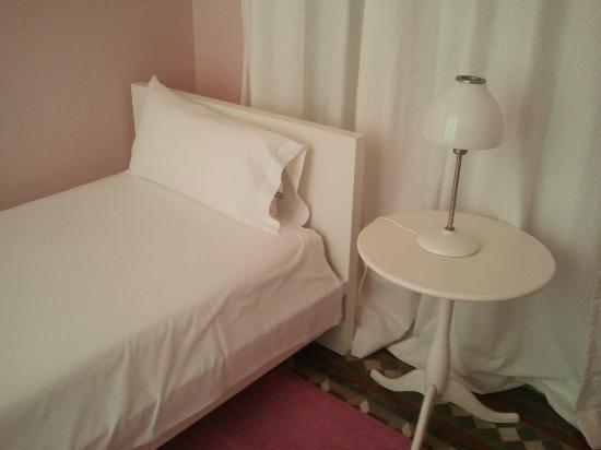 Plaza Catalunya Guest House: Habitación individual
