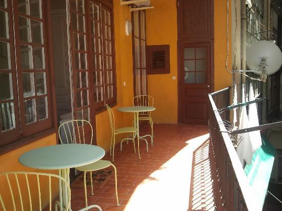Plaza Catalunya Guest House: Terraza balcón
