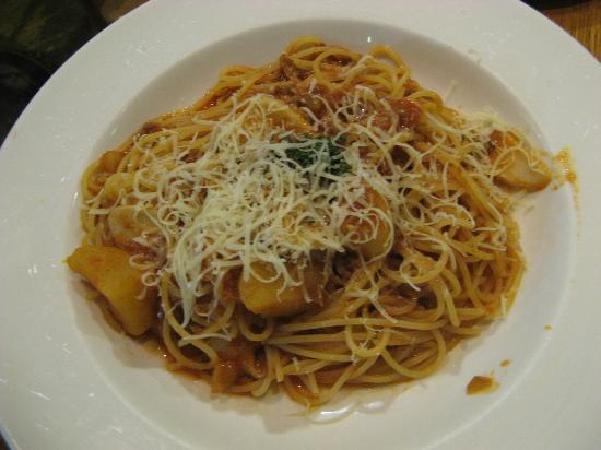 Anna Miller's Takanawa: pasta