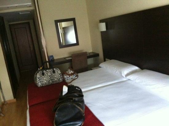 Hotel Santiago Apóstol : Habitación