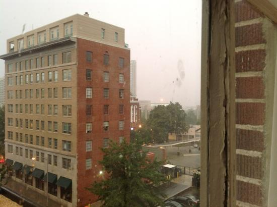Hampton Inn & Suites Atlanta - Downtown: looking out toward centenial park