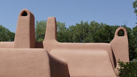 Rancho Jacona: The roofline