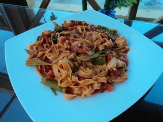 Aqua Marina: The BEST homemade pasta in Dahab.