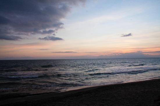 Coco Beach: Beach view