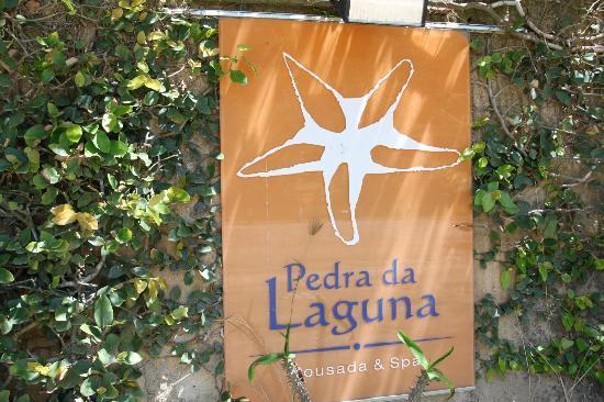 Pousada Pedra Da Laguna: placa del hotel
