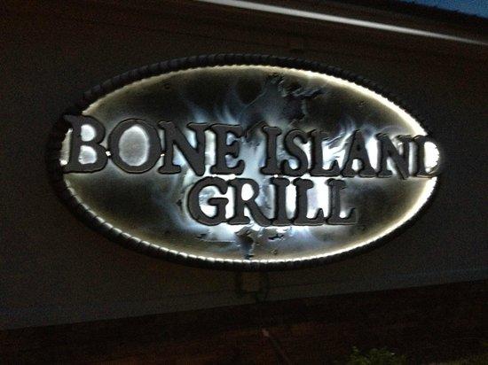 Bone Island Grillhouse: Sign