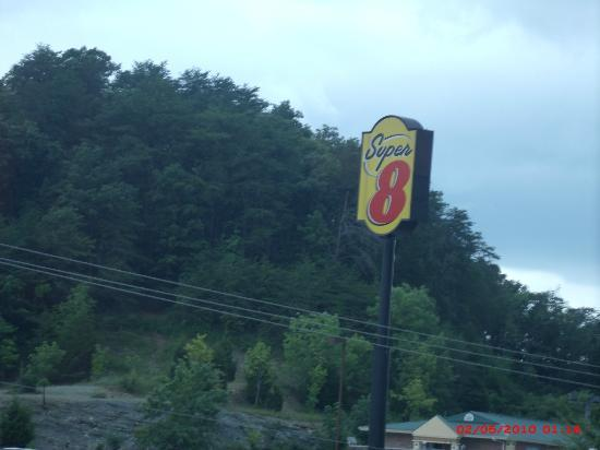Super 8 Chattanooga Lookout Mountain TN: Views of Lookout Mountain from hotel