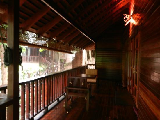 Bunga Raya Island Resort & Spa: terrazza villa 2