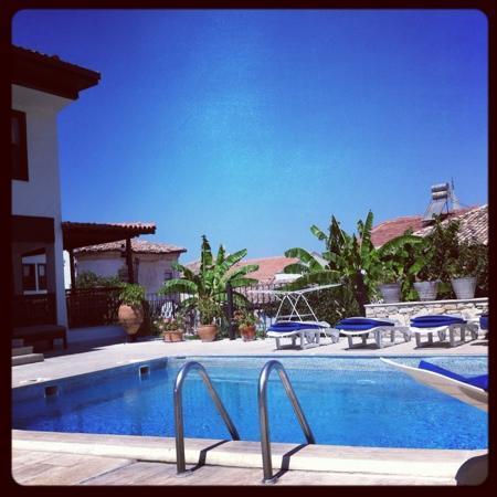 Villa Konak Hotel Kusadasi: piscina