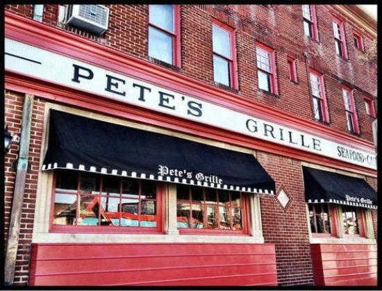 Photo of American Restaurant Pete's Grill at 3130 Greenmount Ave, Baltimore, MD 21218, United States