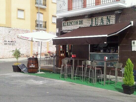 El Rincon De Juan: Frontal