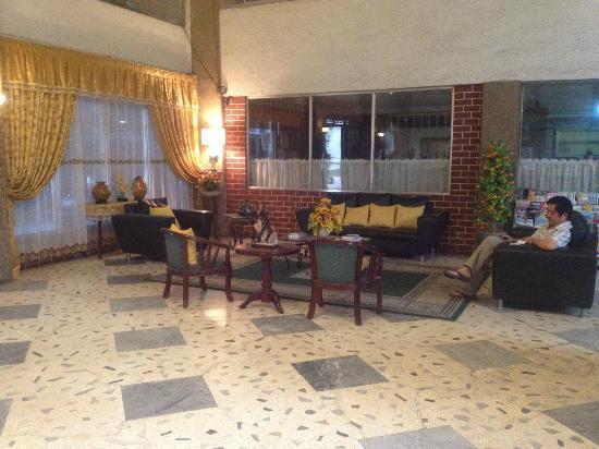 Madia-As Hotel: Lobby