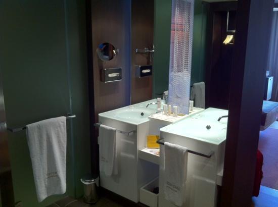 Hotel dona Urraca: baño