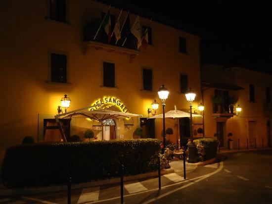 Hotel Sangallo: In notturna!