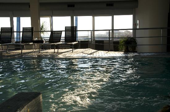 Bibione Palace Suite Hotel: Piscina del centro benessere