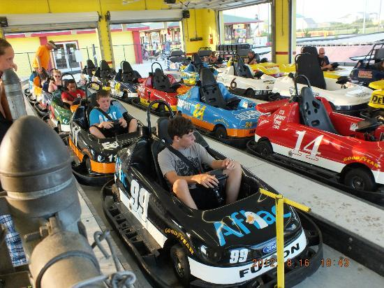 Kill Devil Hills, Kuzey Carolina: Go Cart Racing