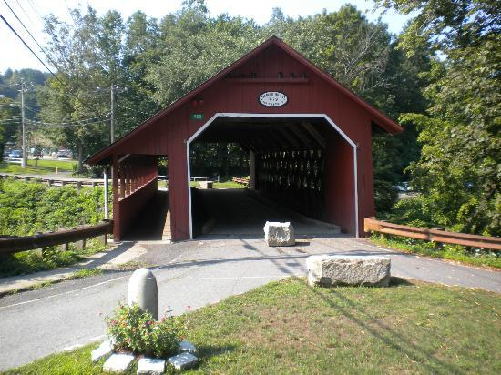 Brattleboro Farmers' Market : Covered bridge right by the market...walking only