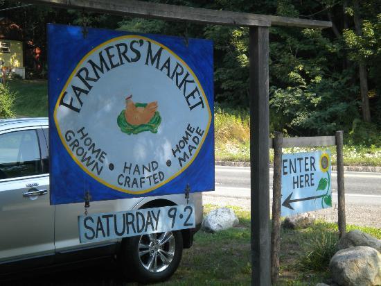 Brattleboro Farmers' Market: Sign