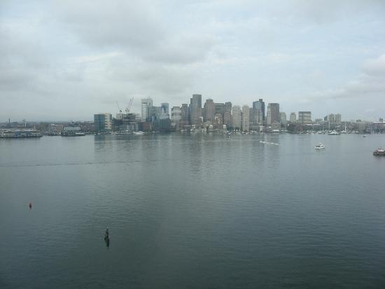 Hyatt Regency Boston Harbor: View of Boston from room on a rainy day