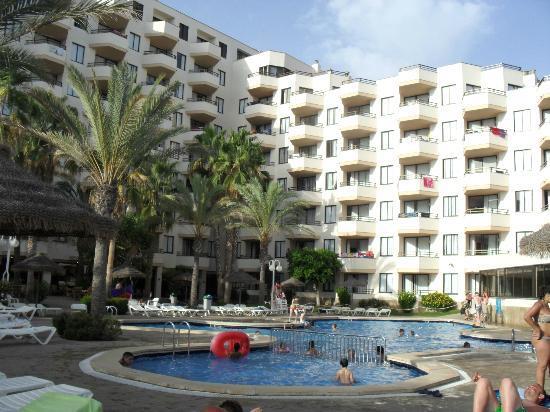 Hotel from pool area picture of trh jardin del mar for Jardin del mar