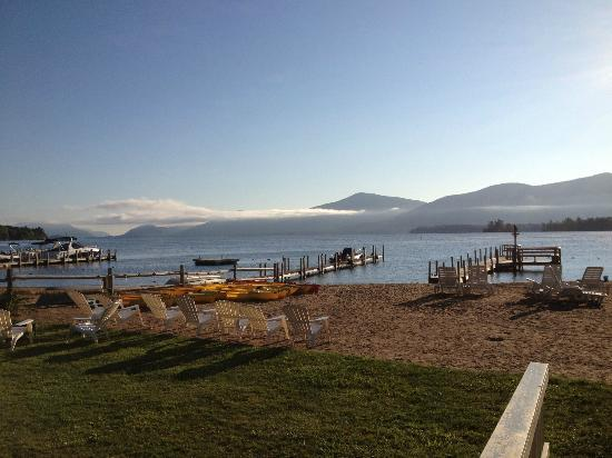 Golden Sands Resort on Lake George: Early morning