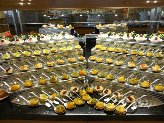 Kahya Resort & Aqua: alles mit billigen Produkten verarbeitet, 90% der Nachspeisen = Pudding + Farbstoff