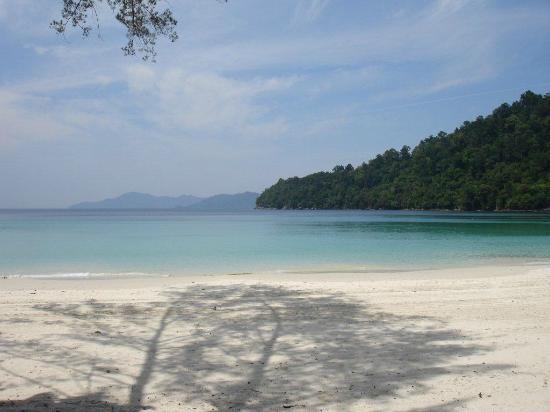 Bunga Raya Island Resort: Beautiful bay