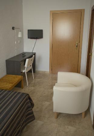 Hotel Altozano: Habitación
