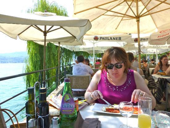 Ristorante Pizzeria Papillon: Charlotte at lunch