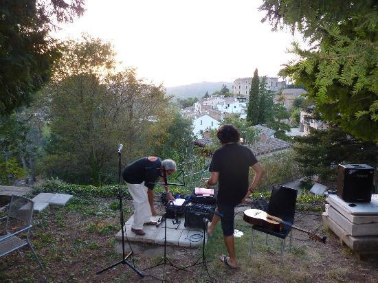 Torre Nova: Laatste avond BBQ en live music