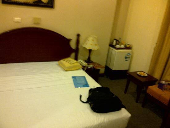 Rosaliza Hotel: bed room4