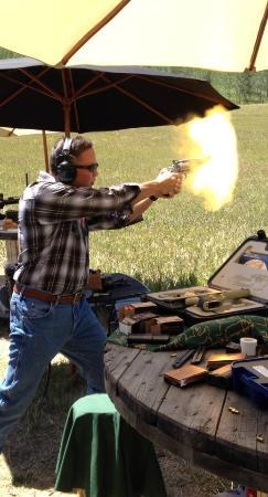 Jackson Hole Shooting Experience: Shooting .460 S&W in Wyoming