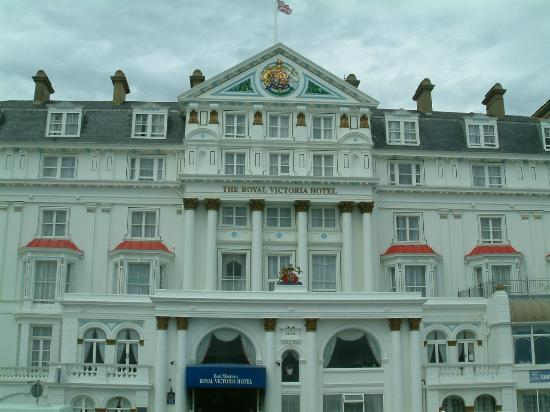 BEST WESTERN Royal Victoria Hotel: Front of hotel
