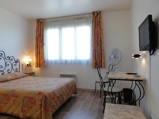 hotel le boischaut ch teauroux voir les tarifs 49 avis et 18 photos. Black Bedroom Furniture Sets. Home Design Ideas