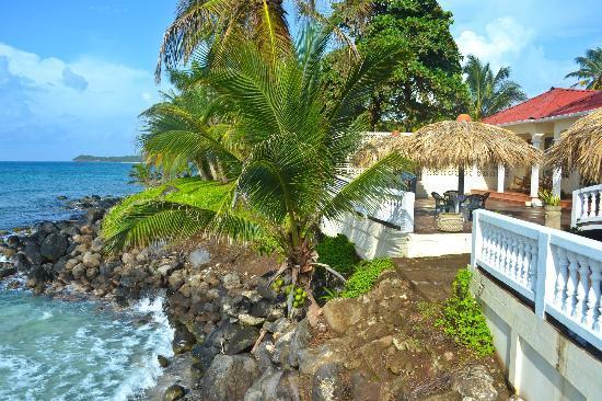 Casa Canada shorefront