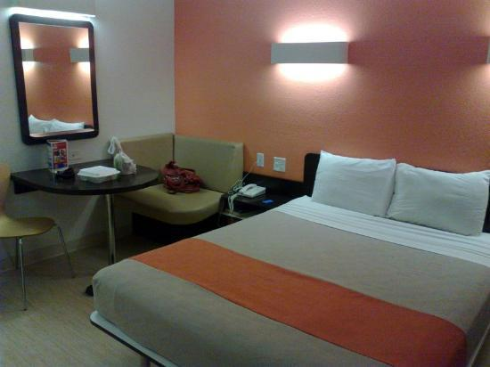 Furniture Stores In Laredo Tx ... really small! - Picture of Motel 6 Laredo South, Laredo - TripAdvisor