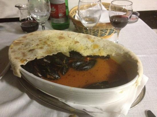 Ristorante La Grotta: zuppa di cozze